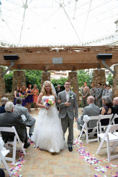 Indoor Southern Wedding at Gaylord Texan Resort