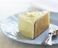 White mud cake recipe - By Australian Women's Weekly, Wickedly creamy and sweet, don't let the simplicity of this cake fool you. It very much delivers on dreamy, delicious flavours. Food Cakes, Chocolates, Nutella, White Chocolate Mud Cake, Pound Cake Recipes, Round Cake Pans, Celebration Cakes, Chocolate Recipes, Eat Cake