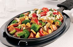 VEGGIE SKILLET-Dennys-Seasoned red-skinned potatoes, fire-roasted bell peppers and onions, mushrooms and broccoli on a sizzlin' hot skillet topped with two egg whites scrambled with spinach and grape tomatoes. Served with a side of salsa.