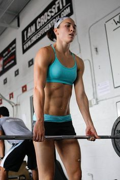 Girls Who Do Crossfit--- I want those abs!!