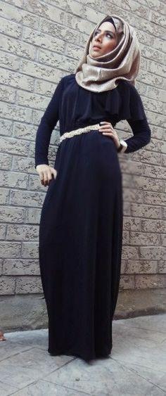 Saman's makeup and hijab styles