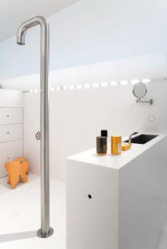 Via Tvdv | White | Modern Bathroom | Eames Elephant