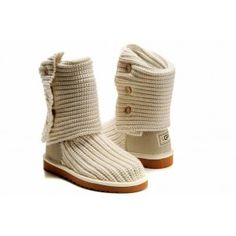 UGG Classic Cardy Boots 5819 have a good reputation for its unique design,durability and comfort. Available with colorful knit uppers (composed of a wool blend) and a sheepskin sock liner for extra comfort. A light and flexible outsole along with a suede heel guard provides durable wear all season long.