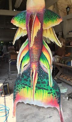 My friend Moo makes mermaid tails for movies and TV shows in Thailand. Mermaid Board, Mermaid Fin, Mermaid Tale, Realistic Mermaid Tails, Mermaid Tails For Kids, Fantasy Mermaids, Mermaids And Mermen, Real Life Mermaids, Mermaid Cosplay