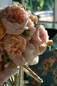 Lovely, sweet smelling bouquet of roses... ♥ #Flowers #Petals #Romantic #Feminine