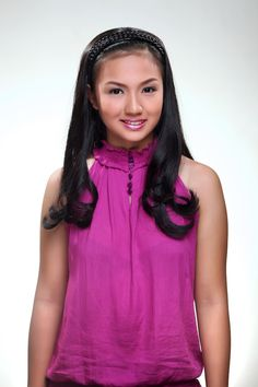 Ready for something fun and funky? Versatile fashion hairpiece is a great accessory which can be used on any occasion. Thin and fine hair becomes thick and full. Short hair transform to long, luxurious hair. It is 100% virgin human hair. It can be Cut, curled, blown dry or color style anyway you want.  It's a fantastic, simple piece that can make such a statement. It can be pretty addition for your day look, or add some jazz for your night out! Pop it on and go. Headband Hair Extensions, Blow Dry, Headband Hairstyles, Fine Hair, Hair Cut, Hair Pieces, Bangs, Night Out, Jazz