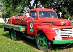Vintage Texaco Truck | Burm Voyage