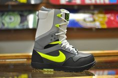 Nike introduces this amazing new color in the DK pro model for 2015.  Developed with snowboarder Danny Kass, the Nike Zoom DK Men's Snowboarding Boot incorporates design features from his favorite Nike shoes. Constructed with a Phylon midsole wrapped in compression-molded synthetic leather, this premium boot delivers plush cushioning and ultimate comfort on the mountain. Alpine is stoked to have a full run of Nike Snowboarding boots for everyone.