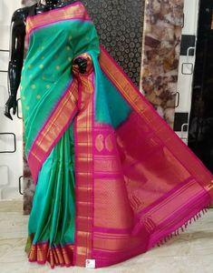 Gadwal Sarees Silk, Jamdani Saree, Pattu Sarees Wedding, Designer Sarees Wedding, Designer Sarees Collection, Saree Collection, Nauvari Saree, Saree Blouse Patterns, Green Saree