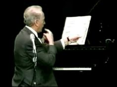 Some unusual interpretations of classics by Victor Borge. Previous Post Next Post Smothers Brothers, Victor Borge, Funny Sketches, Crazy Funny Videos, Hysterically Funny, Playing Piano, Comedy Central, Funny Clips, Piano Music