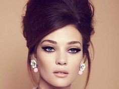 How to Wear Iconic, Classic, Retro Hairstyles 6 Must Have Iconic, Classic, Retro Looks Renewed pauldacostasalon.ca