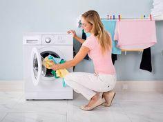 Vyrobte si doma prášek i gel na praní. Double Door Refrigerator, Machine Service, Washing Clothes, Washing Machine, Home Appliances, Stone Bath, Zero Waste, Bath Mat, Period