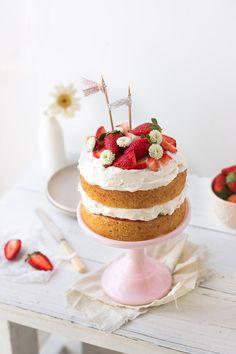 strawberry cream cake with vanilla sponge, whipped cream & fresh strawberries