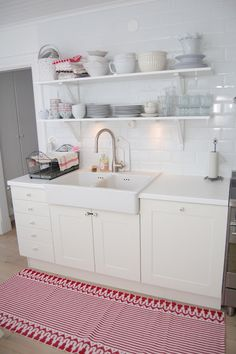 double apron front sink-I wonder if the shelves would force me to be more organized?