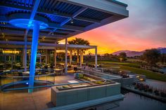 Bars & Nightlife:  Escena Golf Club