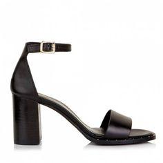 Sante πέδιλο μπαρέτα τρουκςαπό γνήσιο δέρμα.Το τακούνι του έχει ύψος 7 εκ.Διαθέτει εσωτερικό αφρώδη δερμάτινο πατάκι... Women Wear, Sandals, Heels, Shopping, Collection, Fashion, Heel, Moda, Shoes Sandals