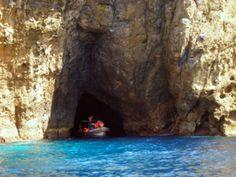Passeio de barco ao Ilhéu das Cabras, ilha Terceira.