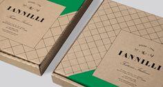 Iannilli Trattoria Italiana pizza box design by Savvy Studio Mexico Italian Restaurant Logos, Restaurant Identity, Restaurant Restaurant, Collateral Design, Stationery Design, Branding Design, Food Packaging Design, Brand Packaging, Business Card Design
