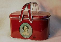 Queen Elizabeth Coronation lunch box 1953 from CampHobachee on Etsy