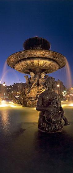 Fountain on Place de la Concorde - Paris, France Beautiful Paris, Beautiful World, Paris Travel, France Travel, Places To Travel, Places To See, Photos Panoramiques, Image Paris, Oh Paris