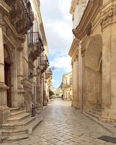 Baroque all around. Having this beautiful street of Scicli all to ourselves #Sicily #Italy