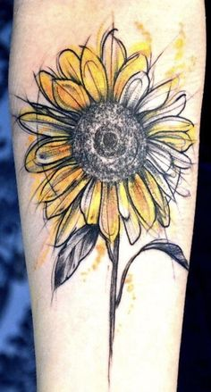 I hate sunflowers but this style is everything tattoos Baby Tattoos, Love Tattoos, Beautiful Tattoos, Body Art Tattoos, New Tattoos, Circle Tattoos, Fish Tattoos, Piercing Tattoo, Arm Tattoo