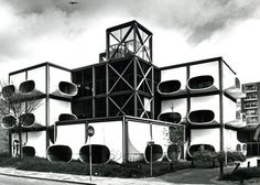 Futuristic 1970–72 prefab office building AZM in the Netherlands by architect Laurens Bisscheroux   Image © 1987 Rook & Nagelkerke