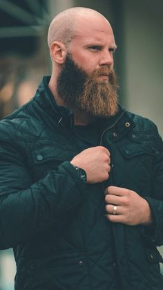 Well here are some Irresistible Bald Men with Beard. These are some Beard Styles with Shaved Head that you can try. Bald Head With Beard, Bald Men With Beards, Great Beards, Long Beards, Awesome Beards, Beard Bald, Men Beard, Beard Styles For Men, Hair And Beard Styles