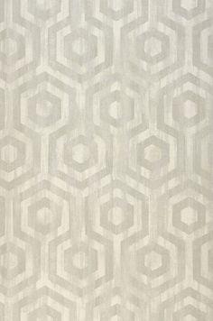 € 62,90 Precio por rollo (por m2 € 12,03), Papel pintado geométrico, Material base: Papel pintado con base de papel, Superficie: Liso, Vinilo, Aspecto: Mate, Efecto textil, Diseño: Hexágonos, Color base: Blanco crema, Gris claro , Color del patrón: Gris beige claro , Características: Buena resistencia a la luz, Súper-resistente al lavado, 2 capas que se separan y desprenden en seco, Encolar el papel pintado