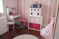Kuvahaun tulos haulle nuoren tytön huone Loft, Bed, Furniture, Home Decor, Decoration Home, Stream Bed, Room Decor, Lofts, Home Furnishings