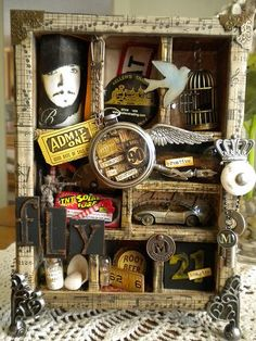 Would love to create an homage to Edgar Allen Poe Shadow Box Kunst, Shadow Box Art, Collages, Collage Art, Altered Tins, Altered Art, Arte Assemblage, Vitrine Vintage, Mixed Media Boxes