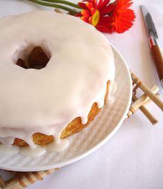 ✔ Bolo de coco com casquinha de açúcar / Coconut cake