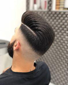Most Popular Hair & Beard Model For Men Side Part Haircut, Side Part Hairstyles, Slick Hairstyles, Hairstyles Haircuts, Haircuts For Men, Undercut Fade Hairstyle, Fade Haircut, Hair And Beard Styles, Short Hair Styles