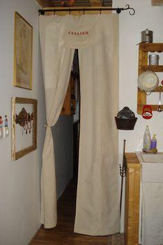 rideau drap ancien tete avec monogrammes deco pinterest rideaux draps anciens et drap. Black Bedroom Furniture Sets. Home Design Ideas