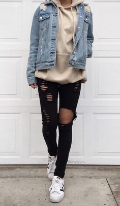 34 Outfit Ideas for this Spring is part of Hipster outfits - Spring is just around the corner! So get ready and check out these 34 looks! Winter Outfits For Teen Girls, Cute Spring Outfits, Cute Teen Outfits, Teen Fashion Outfits, Boho Outfits, Trendy Outfits, Tomboy Winter Outfits, Winter School Outfits, Casual Hipster Outfits