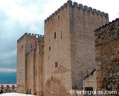Alcázar de los Velasco en Medina de Pomar