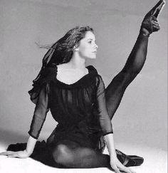 Darcey Bussell  ♥ Wonderful! www.thewonderfulworldofdance.com