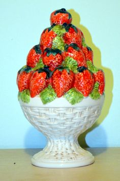 Vintage Decorative Ceramic Bowl Of Strawberries Hand Made In Italy Home Decor