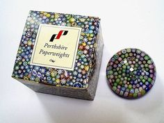 PP178 BOXED VINTAGE PERTHSHIRE SMALL MILLEFIORI   P   CANE GLASS PAPERWEIGHT