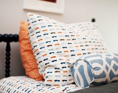 I love gray, blue, and orange together. love for Smith's big boy room.
