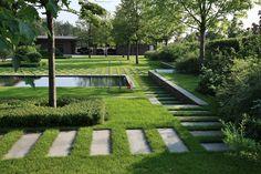 Сад в стиле минимализм, ландшафтный дизайн, фото – Rehouz