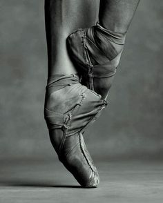 """Ballet Beautiful - Miriam Miller New York City Ballet NYC Dance Project """"Having confidence in yourself will help you become a stronger dancer. Ballet Pictures, Dance Pictures, Pointe Shoes, Ballet Shoes, Tutu, Dance Project, Ballerina Project, Ballet Photography, Photography Humor"""