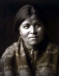 Above we show a majestic photo of Daughter Desert. It was made in 1904 by Edward S. Curtis.    The illustration documents Head-and-shoulders portrait of a Navajo woman, facing front.    We have compiled this collection of artwork mainly to serve as a vital educational resource. Contact curator@old-picture.com.