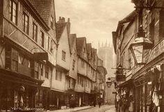 Petergate , York England, North Yorkshire, York Uk, York Minster, Duke Of York, Old Postcards, Old Photos, Jacobean, Past