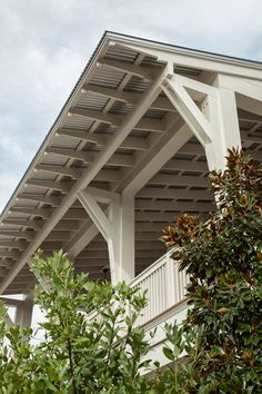 corrugated metal roof, exposed rafters over porch/balcony. Geoff Chick, Architect Previous Post Next Post Porch And Balcony, Porch Roof, House With Porch, House Roof, Porch Overhang, Porch Ceiling, Front Porches, Ceiling Fan, Corrugated Roofing