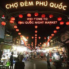 Auf dem Nachtmarkt in Phu Quoc findet man alles was das Herz begehrt von süßen Snacks  bis zur Handtasche  ist alles dabei. #vietnam #phuquoc #nightmarket #schlemmerei #shopping #phuquocnightmarket #schönerabend #Weltreise #Backpacking #Reiselust #JUMAlive4travel