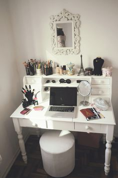 LOVE This Desk And The Mirror If As MUCH Larger I Do Not Like How Vanity Idea Is Combined Unless It Was For A Dorm Room Or