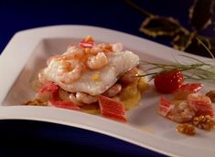 Bacalao al Horno con Gambas y Surimi Codfish, How To Cook Fish, Cooking Fish, Chicken, Meat, Kitchen, Spain, Food, Recipes