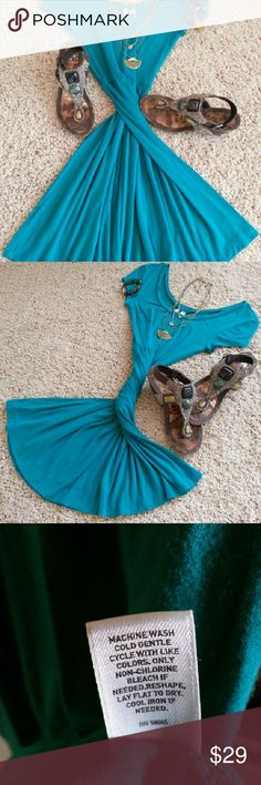 "Bright teal ""frenchi"" Dress Beautiful teal colored ""frenchi"" dress size: M  this dress really shows curves well & is heavy enough to swing and hang nicely but still be a perfect Summer choice! I bought this dress at Nordstrom,  but i never wore it. It has been washed & no tags. Frenchi Dresses"