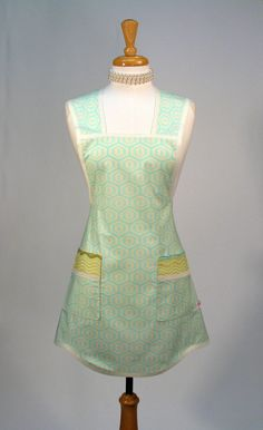 Womens Full Apron Retro Vintage Inspired 'Everyday Classic' on Etsy, $30.00